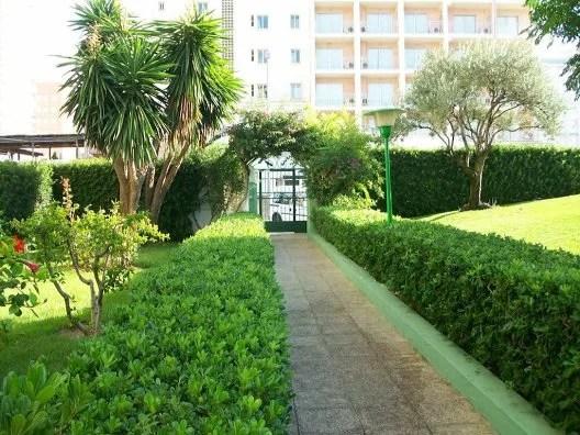 Ver todos los alojamientos de gandía. Apartamentos Gardenias - Playa De Gandía - Valencia