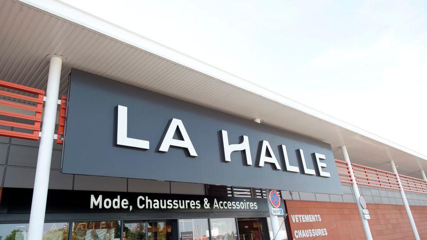 La Halle est l'enseigne phare du groupe Vivarte