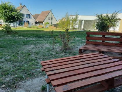 free furnishings for college kids in Reims