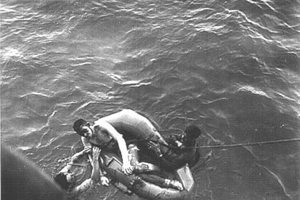 the sinking of the uss indianapolis In this photo provided by the us navy, survivors of the uss indianapolis sinking in the philippine sea by enemy action are being moved by stretcher and ambulance to a hospital, july 30, 1945.
