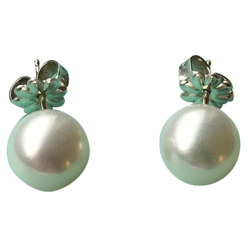 Tiffany & . Pearl Earrings - Hand