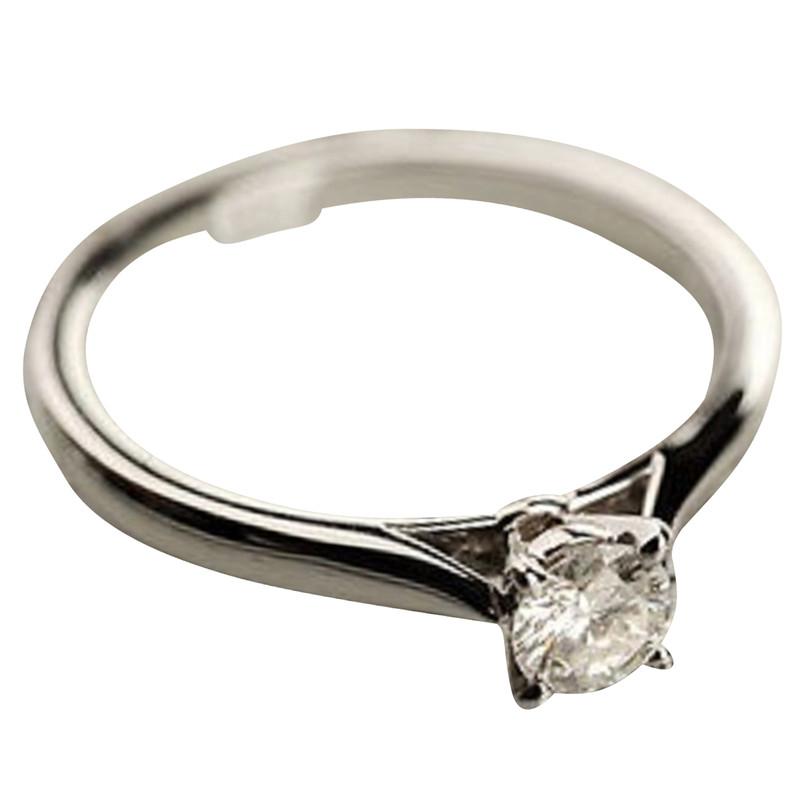 Cartier Platinring mit Diamanten  Second Hand Cartier Platinring mit Diamanten gebraucht kaufen