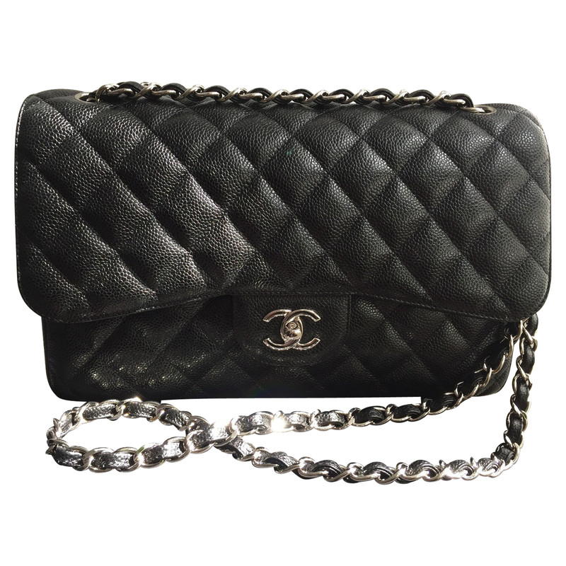 "Chanel ""timeless Clutch Chain"" - Hand"