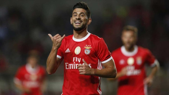 Pizzi: «O 10 é para os mágicos e mágico é o Jonas» - Benfica - Jornal Record