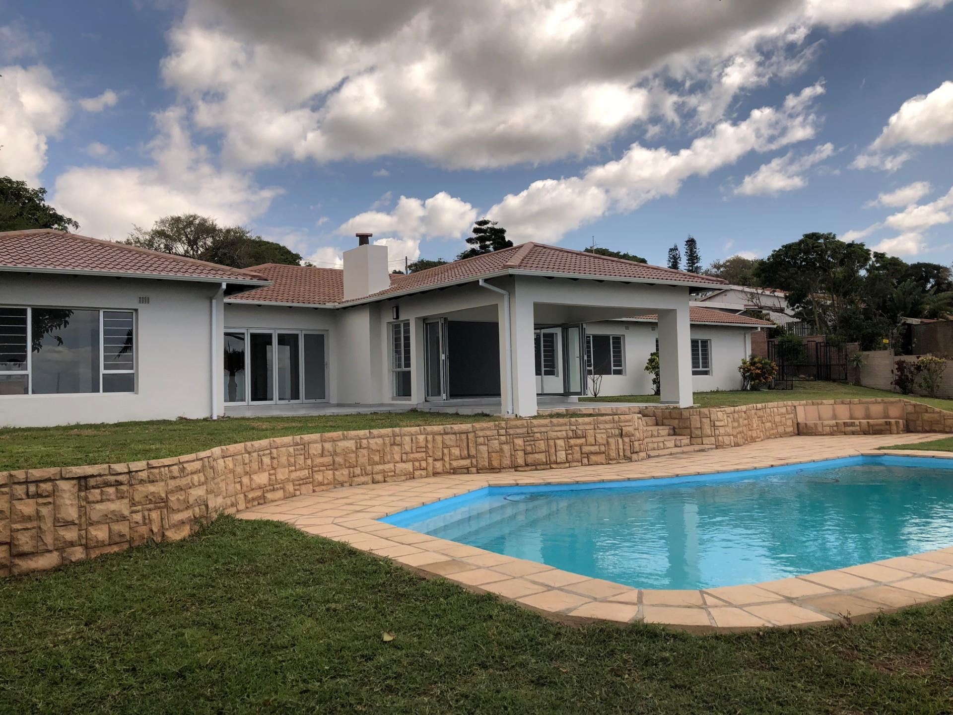 5 Bedroom House For Sale In Amanzimtoti Re Max Of Southern Africa