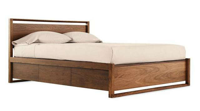 10 Easy Pieces Essential Wooden Beds