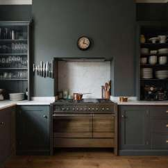 Green Kitchen Cabinets Chalkboard Ideas Trend Alert 10 Favorite Time Tested Dark Kitchens Remodelista A In London With From The Real Shaker Line Uk