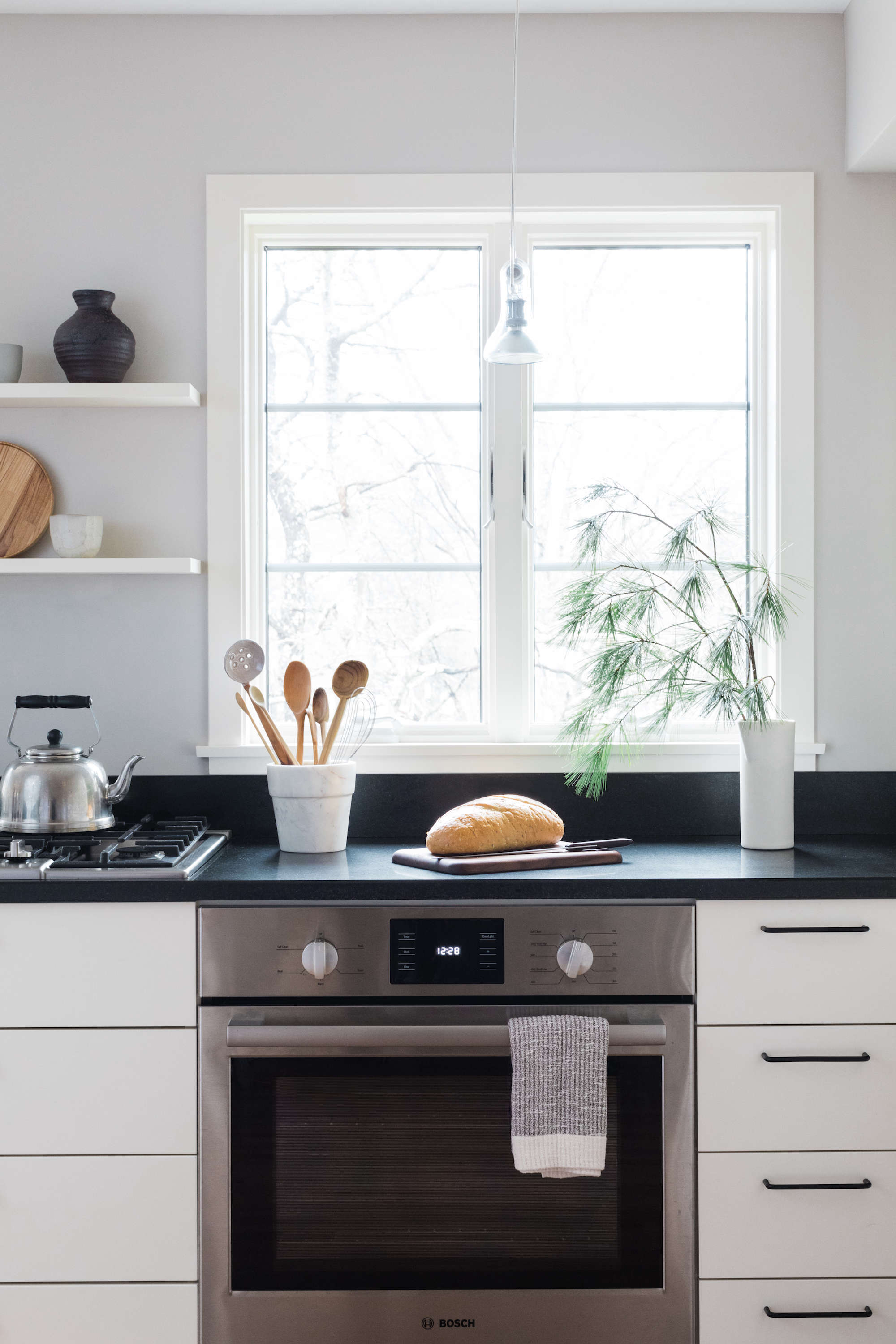 bosch kitchen roman shades a japanese inflected with home appliances remodelista inspired stove
