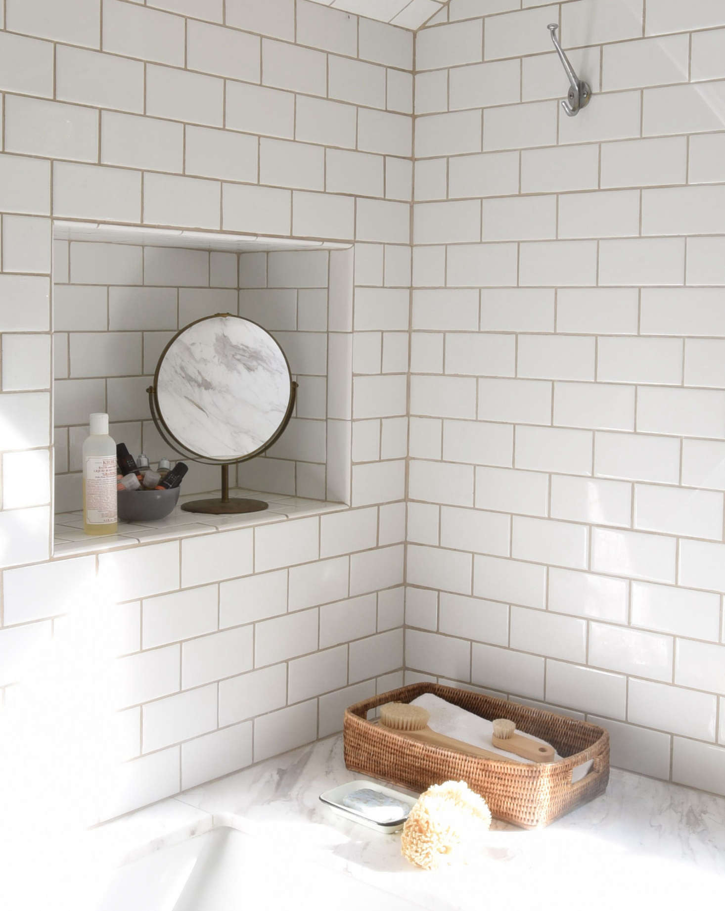 10 Things Nobody Tells You About Clawfoot Bathtubs Remodelista