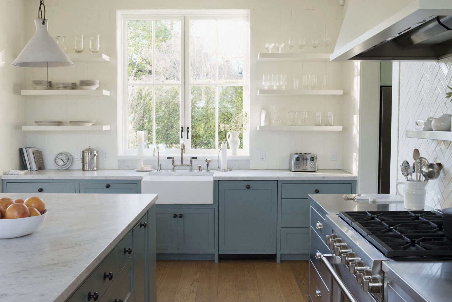 Trend Alert The Cult Of The Blue Kitchen 10 Favorites