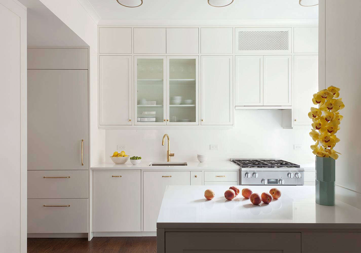 kitchen cabinets white remodeling tips 10 easy pieces architects paint picks for cwb in brooklyn like simply from benjamin moore here they used a semigloss