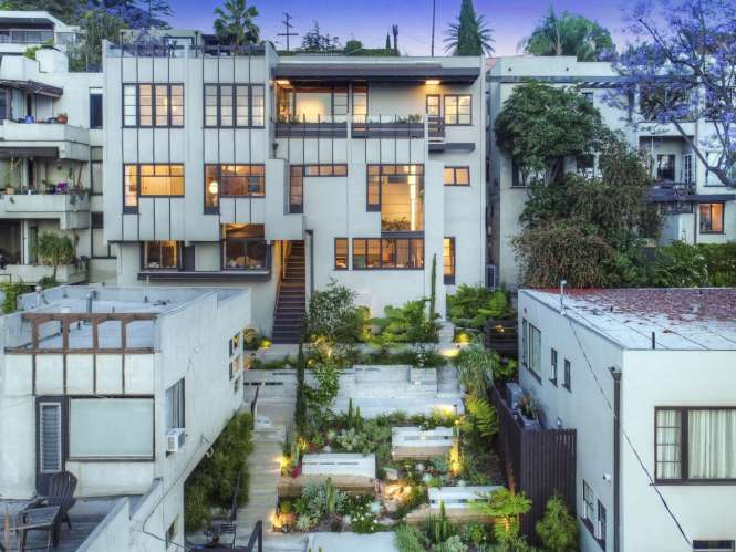 A Rudolph Schindler Flat In La For