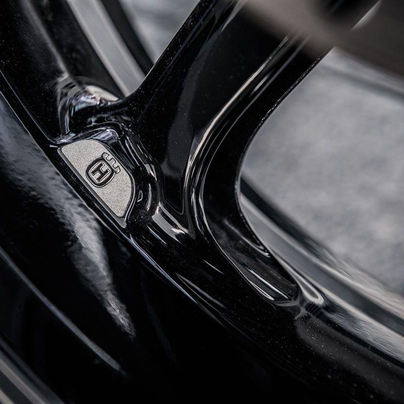 Husqvarna Svartpilen 701 2019 [Wheel Spoke]