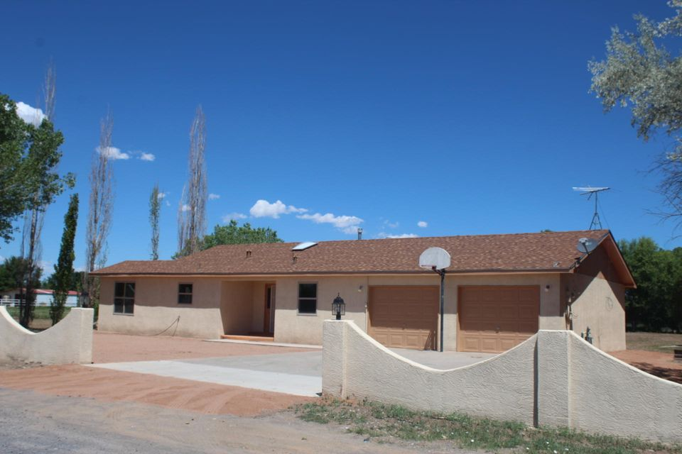 Quality craftsmanship has rejuvenated this simply wonderful 4 bedroom ranch style home, large open area for relaxing and entertaining. Over sized garage, open patio with concrete slab, storage shed, chicken coop, fruit trees, pipe fence, mature tree, great area. Like new move in now! Must see today!