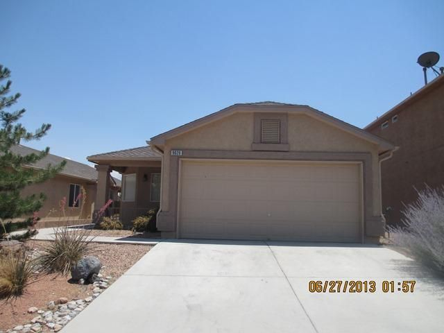 Investment Opportunity - Home is Tenant Occupied through 6/30/2017.  Monthly Rental Rate is $925/month. All showings are by appointment only and require a minimum 48 hours notice. Home located in gated community with easy freeway access and close to many amenities.  Great floor plan with central living area, formal dining room with bay windows, spacious kitchen with all appliances & closet pantry.  Master bedroom features large walk-in closet and private en suite bathroom. Low maintenance and water saving xeriscape in front yard. **Please note - pictures were taken prior to current Tenant's occupancy.**