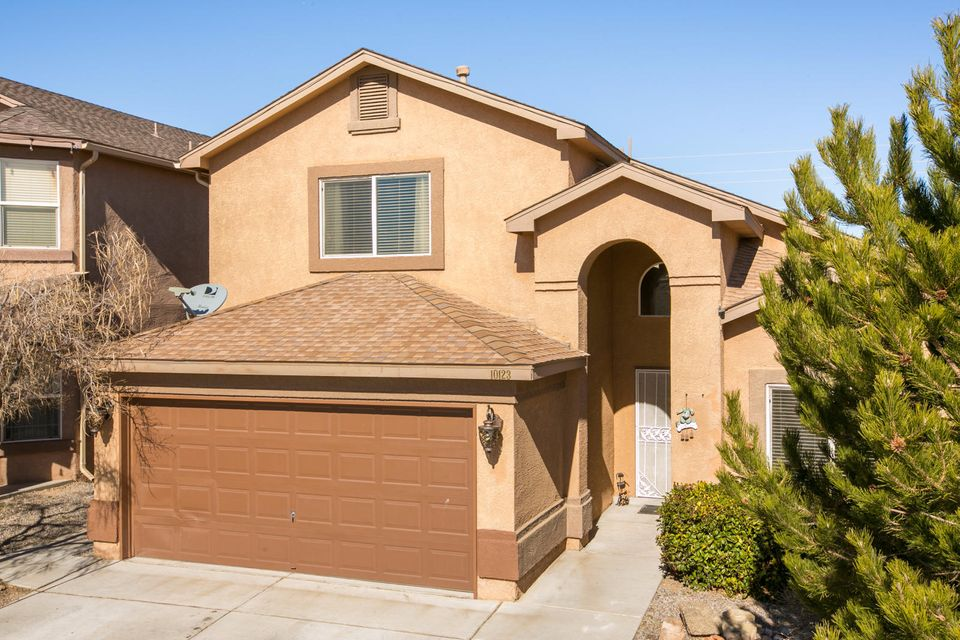 Gated community, full home inspection complete with all items complete, can close quick. Tile down stairs including master,fresh paint, clean landscaped yard front and back, granite in kitchen, all kitchen appliances stay, check out the view from balcony upstairs.Must see!