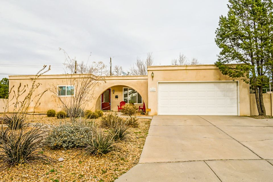 Open house Sunday (04/02) 1pm to 3pm. Updated living near Uptown! 4 bed, 1.75 bath single story home on large lot all in a private cul-de-sac. Open floor plan with 2 living areas. Bamboo floors, open kitchen to living area with oversized breakfast bar and beautiful granite countertops. New xeriscaped front yard. Close to the shopping, dining and grocery stores of Uptown Abq.