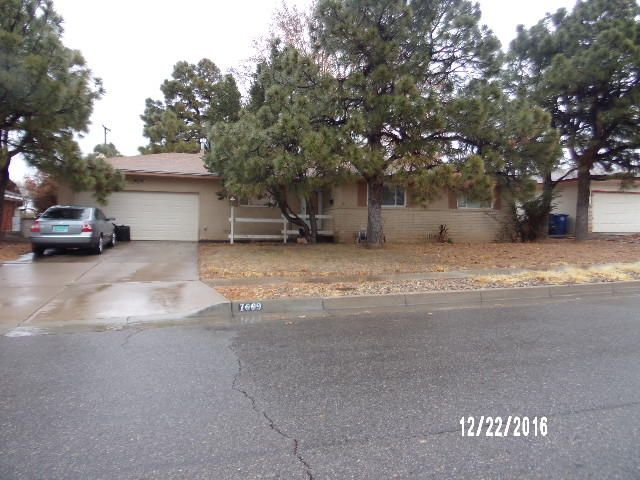 The list price is approved and ready to go! Here is another great home located in the Sandia Schools district. Nice floor plan, with 2 living areas, 1 living area close to the kitchen, and the second in the back end of the home perfect for your  quiet and Kozy family time. Nice fireplace, 3 bedrooms, and 2 car garage.
