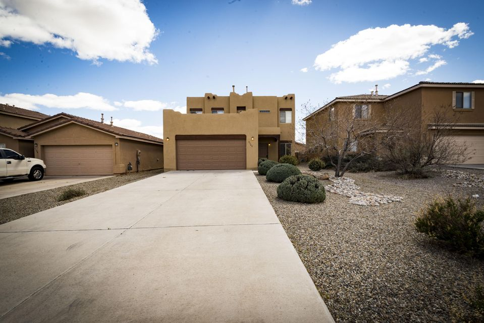 Stunning contemporary pueblo home in Sundoro South with mountain views. Semi-custom Raylee home features T&G ceiling, fireplace, solid surface counter tops and garden tub. Oversized garage and elongated driveway allowing parking to accommodate many guests and low maintenance yard. All appliances convey. Two bonus areas can easily be made into media room or executive office space. Laundry room with built in folding area. Ample storage space. Easy access to freeway, community park, golf course in area, close to Nusenda community stadium and public paths nearby welcome you home.