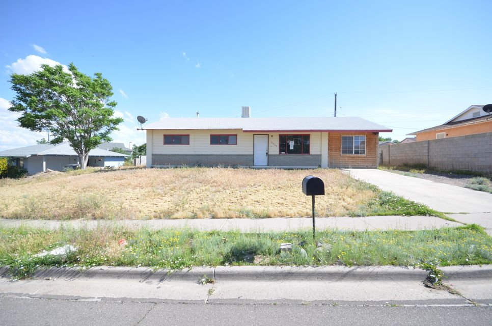 Great Property~ Partially updated! Home sits on large lot across from city park! Would be great investment property! Stop by and check it out!