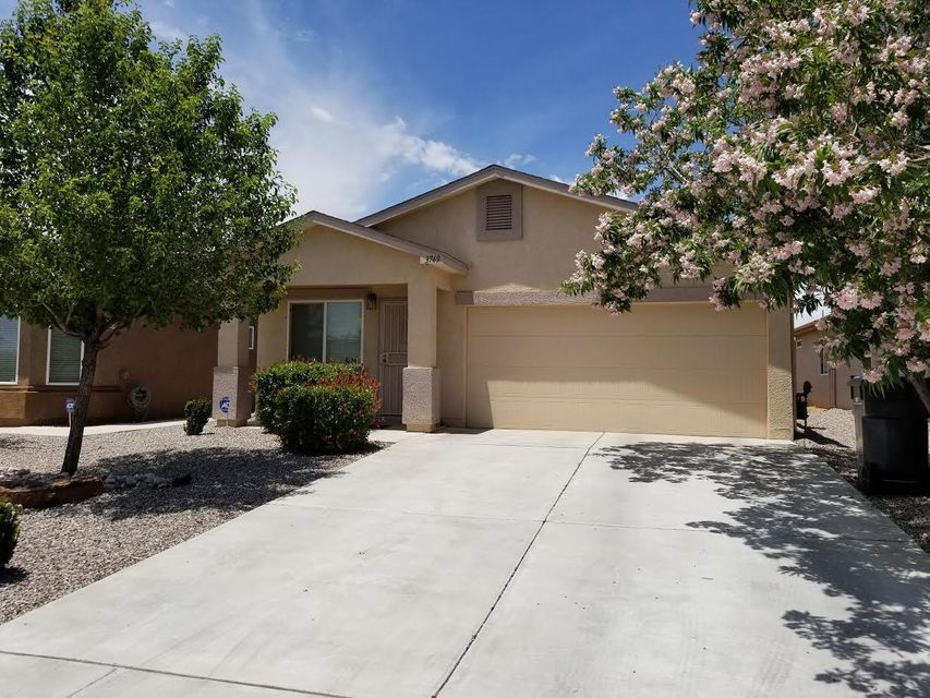 Well maintained DR Horton home in the Northern Meadows neighborhood of Rio Rancho. This two bedroom, one bath home has refrigerated air, a two-car garage, HOA maintained front landscape and is within walking distance to Los Montoyas Park.Located near the Rio Rancho City Center, this home is priced to sell!