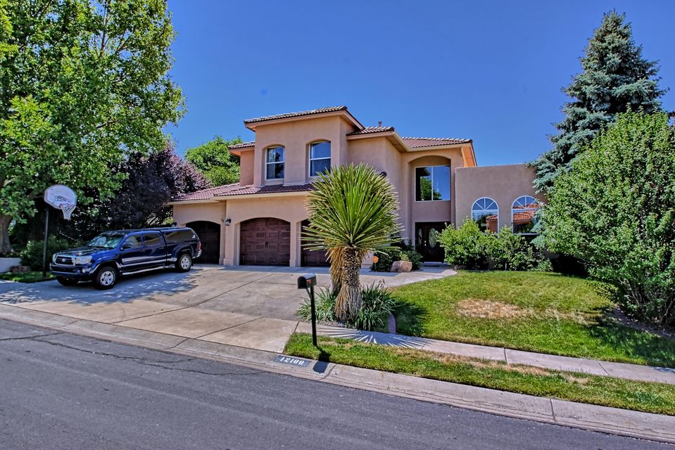 Lovely 2 story w terrific floor plan nestled in the very desirable Peppertree neighborhood. Tree-lined streets & meandering walkways.Features 4 BR's,study on the main level,3 baths (1 on main level)& oversized 3 car garage.Awesome backyard showcases the 34x16 gunite pool & spa,open & covered patios & entertainment center including outdoor FP & kitchen.Grand 2story entry  foyer.Study w blt in shelves.Formal dining.Gracious living rm with FP & view windows to amazing BKYD.Kitchen w island bar,plenty of cabinets & counter space.New appliances.Cozy breakfast NK. Spacious family rm with wet bar & FP. Upstairs offers master suite w luxury bath & walk in closet. 3 nice sized secondary BR's & full bath with double sinks.Close to schools,parks,shopping & restaurants. See 'more' for list of updates!