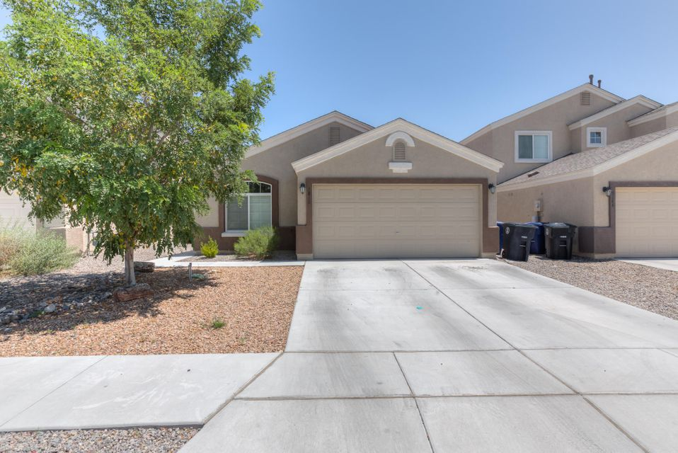 Come see this 4 bedroom, Move-in ready with REFRIGERATED AIR!  Sparkling clean home feels brand new. Home features vaulted ceilings, recessed kitchen lights, plant shelves. Master bath includes dual sinks, garden tub, separate shower, and walk-in closet.