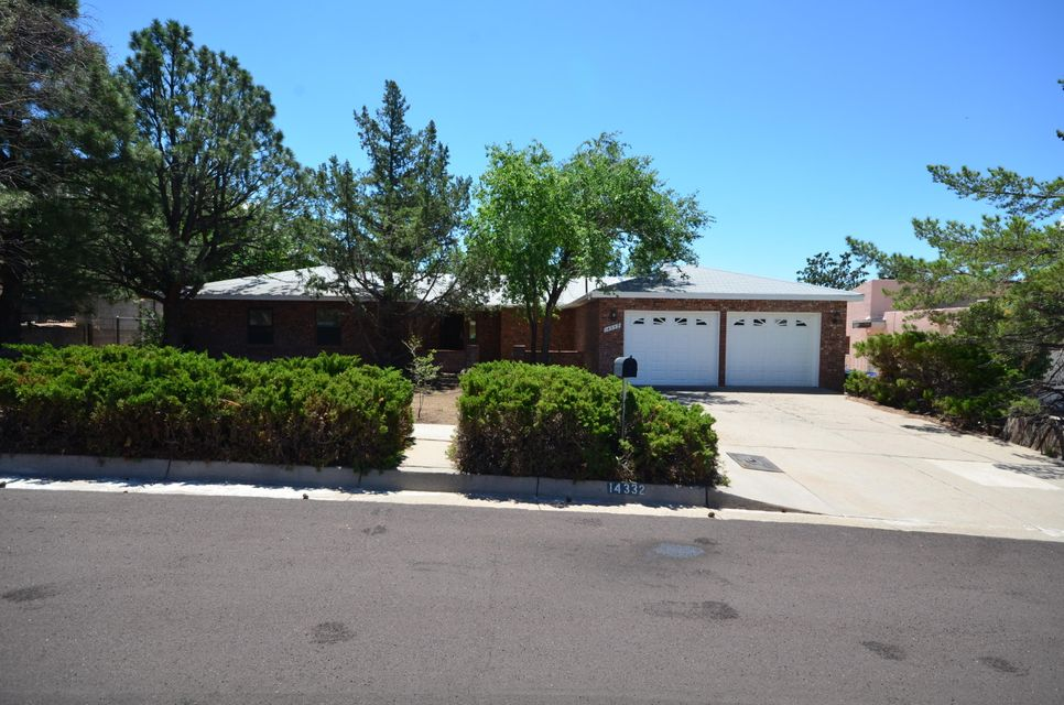 Great Home In Manzano District! Ready for immediate occupancy! Freshly painted! New Carpet! New Stainless Built In Appliances! Only thing missing is New Owner! Good size family roof with fireplace! Nice kitchen with breakfast bar & dining room! Mature landscaping! Home located close to biking, hiking and walking paths! Shopping and schools just minutes away!