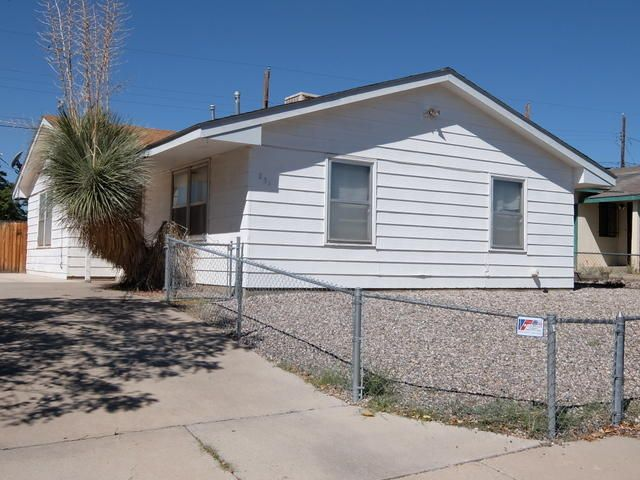 2 bedroom 1 bath home sold as is withoutany warranties.