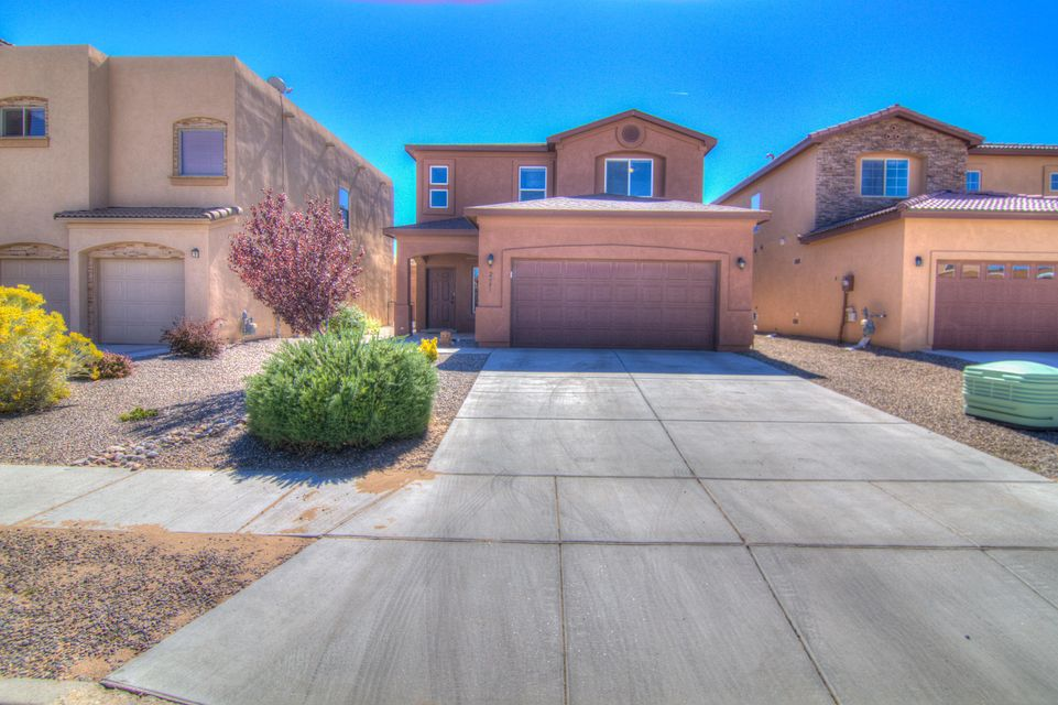 A Community named after its best characteristic, ''Hidden Valley'' is nestled in a little valley right in the center of Rio Rancho but hidden from the busy streets and hustle and bustle of the city, only minutes from the Rio Rancho Aquatic Center, City library, and Rio Rancho Sports complex! This HOME is endowed w/ superior appointments such as OPEN concept, kitchen has wrap around bar open to dining room & living area, slate backsplash & all appliances including refrigerator/ washer/dryer, upgraded lighting fixtures, LOFT(could be used as office or game room)ceiling fans, pre wired for alarm system, cultured stone counters in bathrooms, light & bright, master suite has oversized balcony w/ mountain VIEWS, dbl sinks in MB, ample closet space, privacy wall , grass w/auto timed sprinklers