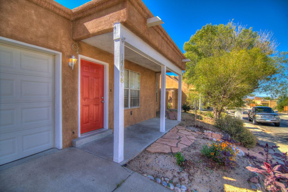 A Foothills delight with NO HOA FEES!!! Come enjoy this nice quiet neighborhood east of Tramway Blvd with walking and bike path just down the street. City View Park is also in close proximity.  3bd, 1.75ba, 1 cg. Vaulted ceiling, fireplace, skylights, updated bathrooms, and bamboo and concrete flooring. Enjoy lovely mountain views, and morning or evening hikes on the open space nature trails. You will really enjoy this comfortable, well-cared for home. Move in Ready! View this one today!