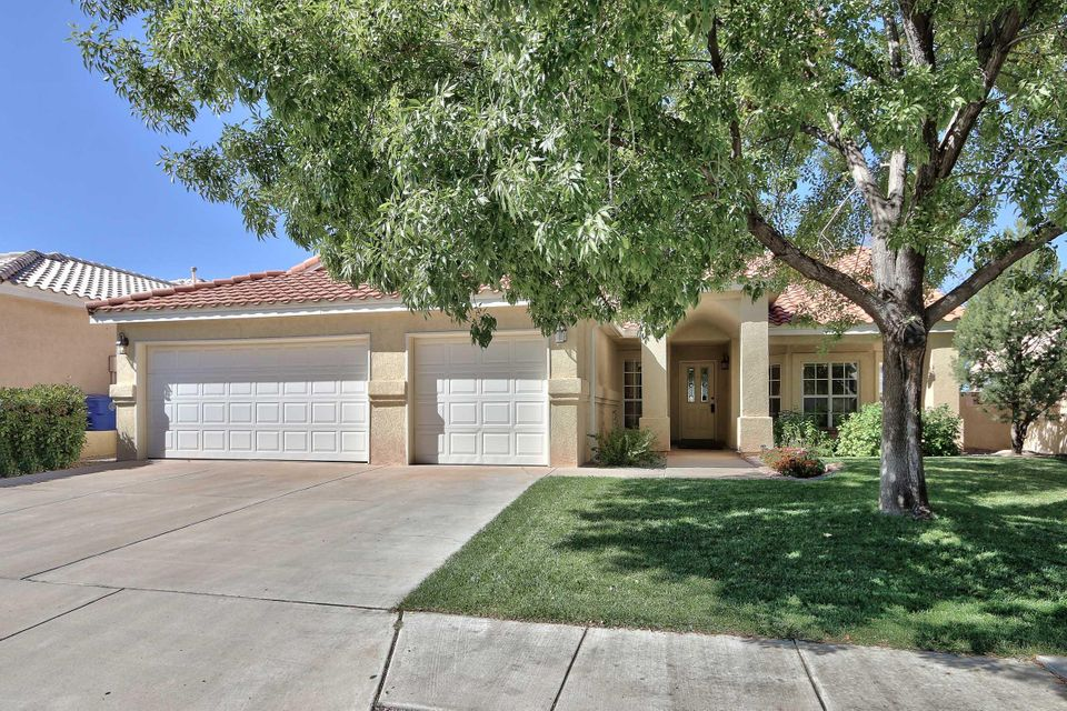 Curb appeal is just one of the great features of this single level 3 bdrm home with a wonderful private office area and 3 car garage in a fantastic neighborhood. Western city views from the family room and mountain views from the formal living room. Large kitchen with breakfast nook, island and bar area for great entertaining possibilities.  Escrow is with Linda Lucero at Old Republic Title.Open floor plan with large master suite plus 2 additional bedrooms. All of this surrounded by a private, easy maintenance lush back yard. You'll be sorry if you miss this home.