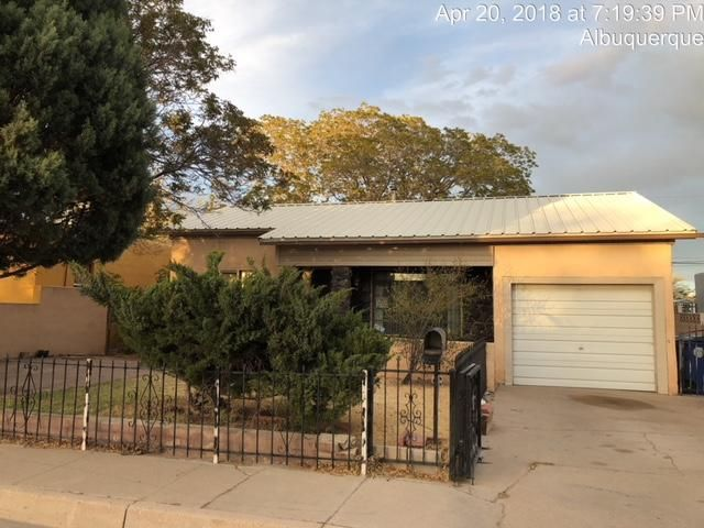 Welcome to this established neighborhood, located near schools, stores and the major highways. This home has 2 bedrooms, 1 bath, and 1 car garage. With your special touch, you can get some sweat equity or this could be a good investment