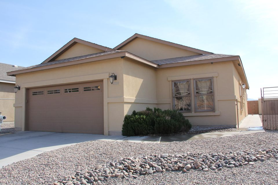 Beautiful home, very well taken care of. Energy efficient and move-in ready! This property was built in 2010. Nearby schools include Carlos Rey Elementary School and Truman Middle School. Showing by appointment only.