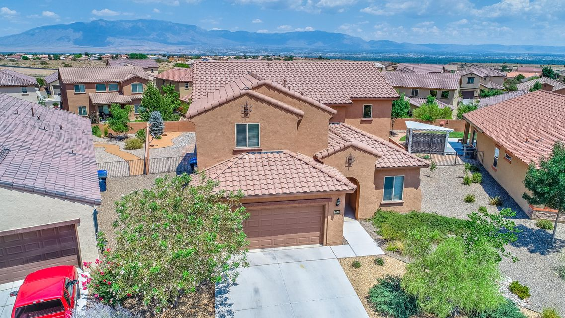 Enjoy the nearby park and mountain views in the highly sought after Boulders neighborhood. This beautiful home has been immaculately maintained by it's current owner. This lovely model home was built on one of the largest lots in the neighborhood  and has spectacular views of the mountains.  Amazing natural light and open floor-plan with 5 bedrooms, an office, and a loft area that is perfect as a second living area. Lots of upgrades including 42'' upper cabinets, granite counter tops, stainless steel appliances, custom paint, gas fireplace, fully landscaped backyard and much more.