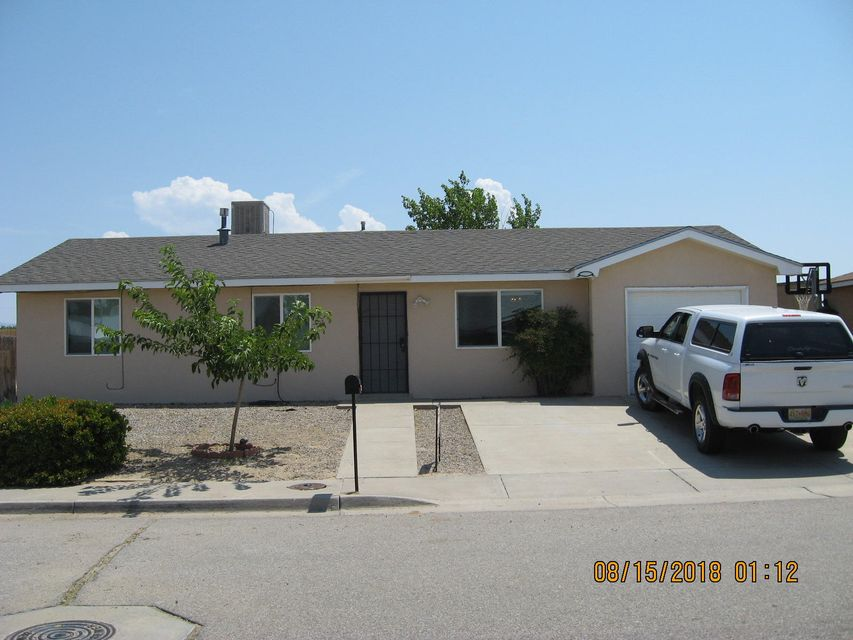Located near the heart of Los Lunas just minutes away from Interstate 25 freeway access, shopping, eateries and much more! This nice home has fairly new roof, stucco, windows, carpet and water heater.  The home is in excellent condition so come take a look.  Owner is offering owner financing only.