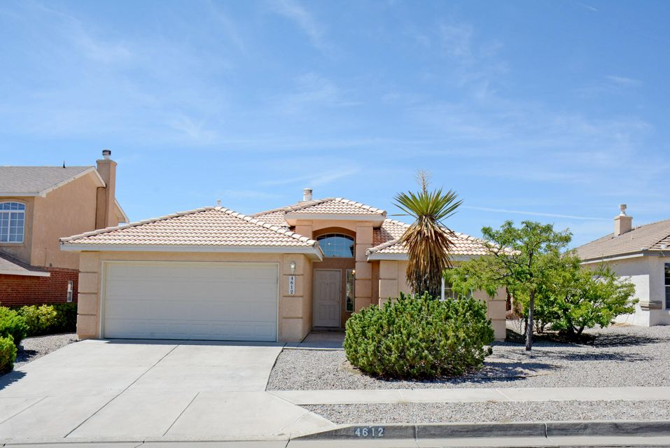 Delightful one Story Home With VIEWS!!!!Light and Bright Open Floorplan. Vaulted Ceilings.  Gracious Family Room  and Formal Dining. Sunny Breakfast Nook.  Low Maintenance Yards, Covered Patio with Lovely Views, You Don't Want to Miss This One.