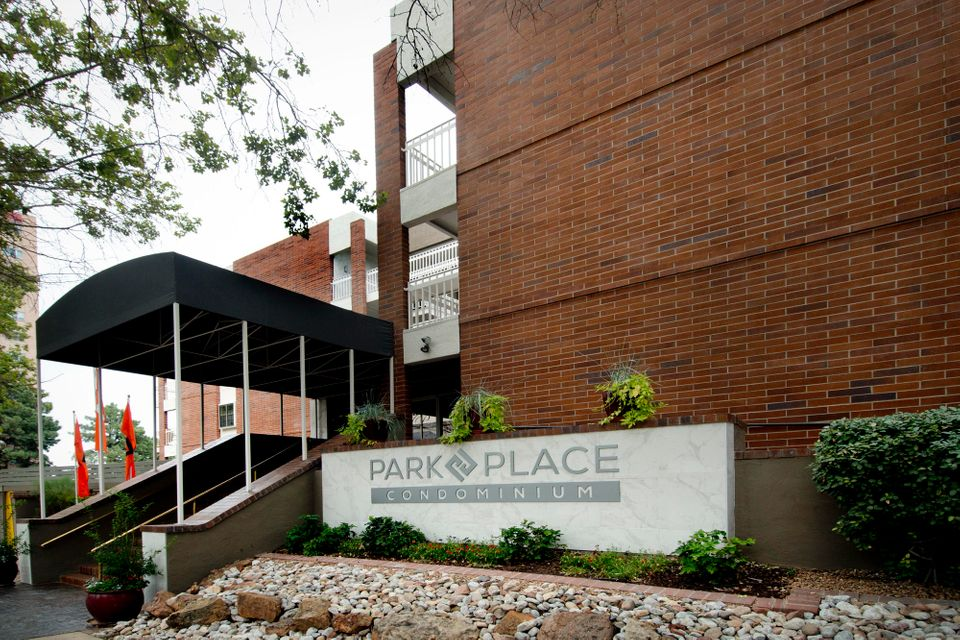 Fourth level unit on north side of complex with north facing patio and fireplace. Two bedroom, two bath floor plan can be completed 60 days after materials selection is completed by the buyer. Gated lower level garage, key card entry, central courtyard with tables, conversation areas, outdoor kitchen and fire pit. Each condominium has a dual master floor plan with 9 ft ceilings & crown molding, refrigerated air conditioning, tankless hot water heater, designer finishes and appliances, covered balcony or patio and a location near the Albuquerque Country Club and downtown Albuquerque for unique entertainment, dining and shopping. Welcome Home to Park Avenue! Interior photos are of our furnished model.