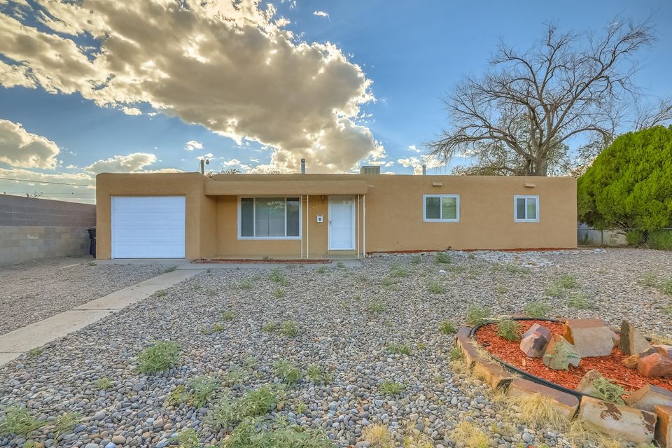 Bring your investors, first time homebuyers & downsizers!  Clean, well-maintained home conveniently located 10 minutes or less to Uptown, I-40, UNM and downtown hospitals.  Many great features including updated kitchen and bathrooms, large laundry room, newer windows, new microwave, 1 car garage and huge backyard.  Prof floor plan attached.