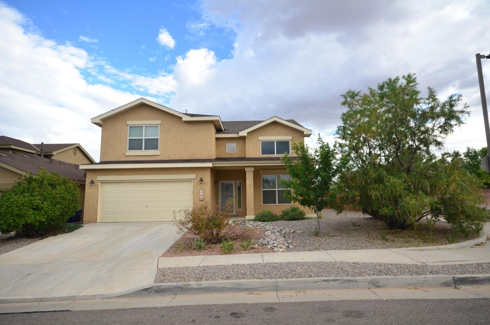 Stunning Pulte Home Surrounded by Parks & Open Space! Gorgeous Floorplan w/ Split Staircase, Soaring Ceilings and Tons of Windows! Gourmet Kitchen w/ Island, Solid Surface Countertops, Maple Cabinets, Tons of Cabinets and New Stainless Appliances! Freshly Painted! New Carpet! Master Suite Includes Full Bath w/Dual Sinks, Separate Shower & Relaxing Garden Tub!  Loft Could Be Play Room/Office/Media Room! Corner Lot Gives You Lots of Open Space! Oversized Garage!