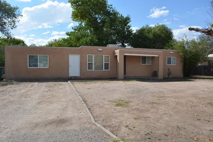 3929 Las Vegas Drive SW, Albuquerque, NM 87105