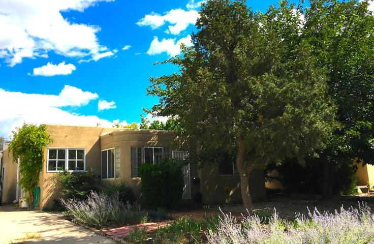 412 Dartmouth Drive SE, Albuquerque, NM 87106