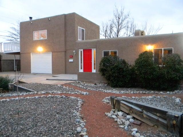 1805 Lester Drive NE, Albuquerque, NM 87112