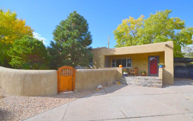 1017 Adams Street SE, Albuquerque, NM 87108