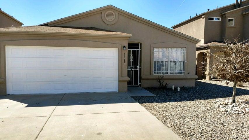 1135 Alexandra Street SW, Albuquerque, NM 87121