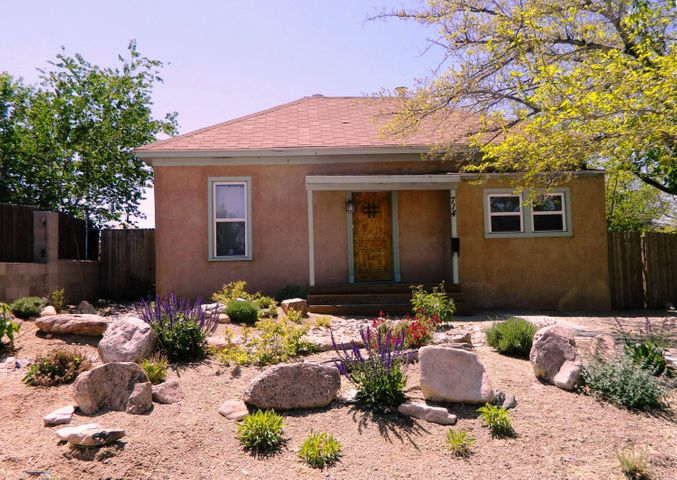 714 Iron Avenue SE, Albuquerque, NM 87102