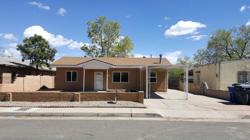 2712 Bel Air Drive NE, Albuquerque, NM 87110