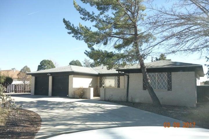 5136 Justin Drive NW, Albuquerque, NM 87114