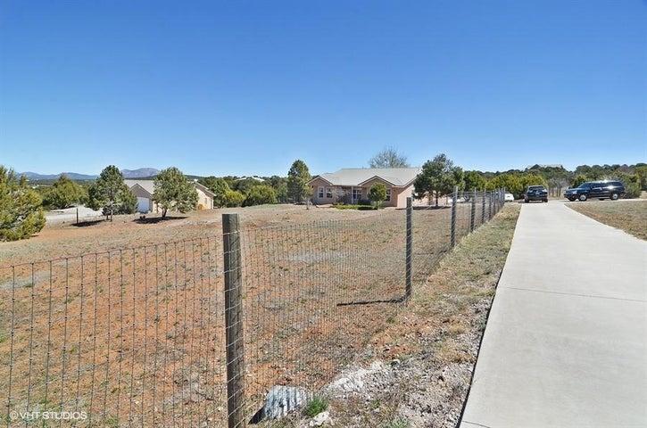 137 Five Hills Drive, Tijeras, NM 87059