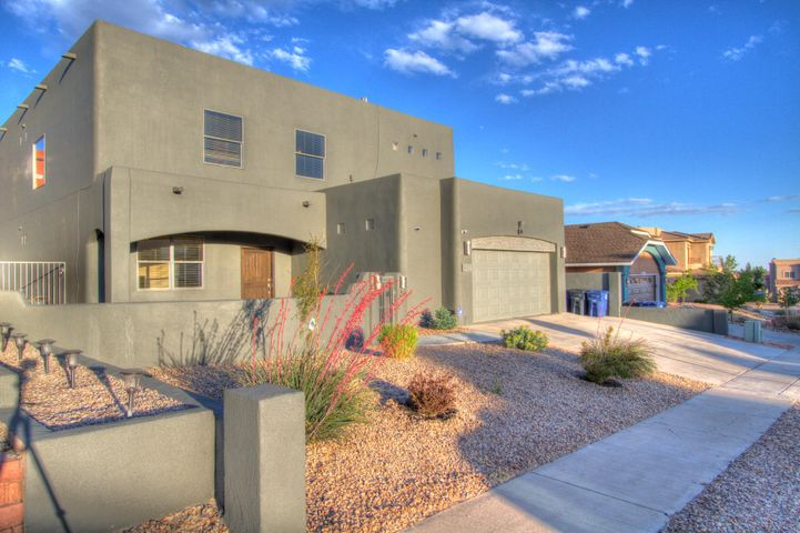 9912 Bellevue Street NW, Albuquerque, NM 87114